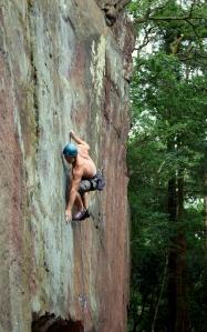 "Finn McCann climbing ""Il y a stazi"" E8."