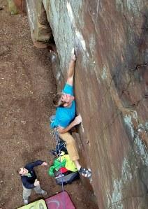 Sam Hamer climbing Il y a stazi E8 6c.