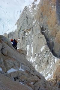 Simul-climbing. Wilki on easier terrain