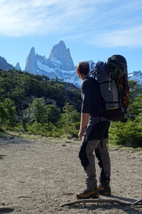 Wilki on the approach to the Laguna de los Tres
